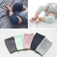 1 Pair Baby Knee Pads Leg Protector Anti Slip Crawling Accessory Baby Knees Protector Warmer Baby Crawling Protectors