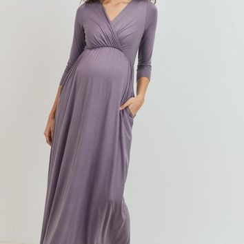 Ami Maternity & Nursing Maxi Dress