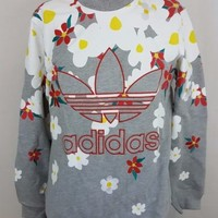 Adidas Originals Pharrell Williams Crewneck Daisy Bape BBC Sweatshirt Size M