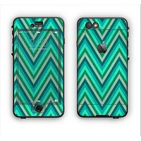 The Vibrant Green Sharp Chevron Pattern Apple iPhone 6 Plus LifeProof Nuud Case Skin Set