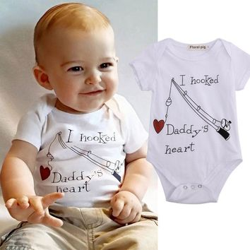Lovely Baby Short Sleeve Baby Rompers Letter Printing Basic Summer One Piece Jumpsuit  I Hook Daddy's Heart Baby