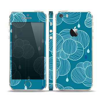 The Teal Abstract Raining Yarn Clouds Skin Set for the Apple iPhone 5s