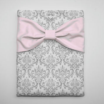 MacBook Pro / Air Case, Laptop Sleeve - Gray and White Damask with Light Pink Bow - Double Padded