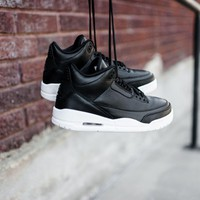 Air Jordan 3 Retro 'Cyber Monday' Basketball Shoes <>