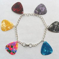 Charm bracelet with mixed guitar picks