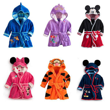 2016 Cute Baby Pajamas Robe Children Clothing Cartoon Mickey Minnie Clothes Kids Bathrobes Boys Girls Sleepwear Spring Autumn