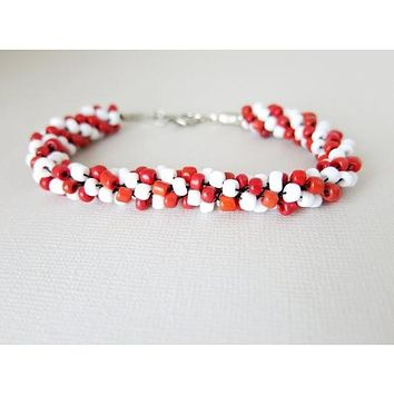 Splendid love - Kumihimo Beaded Rope Bracelet - Red White - Candy Cane