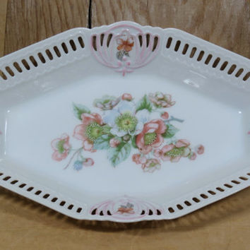 Beautiful Porcelain Celery Relish Dish with Reticulated Edge . Pink Blue Flowers . Vintage Dining Table