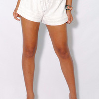 (amg) Embroidery bohemian white shorts