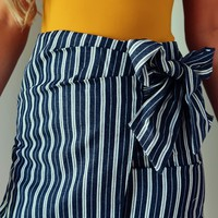 Preppy Perfection Skirt: Navy/White