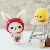 DIY Needle wool felt Rabbit and chick KIT by HanamiBoutique