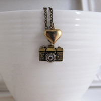 Vintage Style Camera Necklace. A Traveller Necklace. I Heart Photography. Antique Camera With Retro Heart Necklace