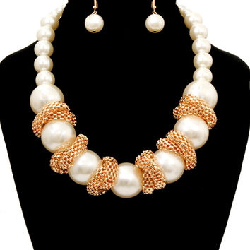BIG FAUX PEARL GOLD WRAP-AROUND Statement CHUNKY Cream Necklace & Earrings