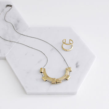 SPLIT MERIDIAN NECKLACE