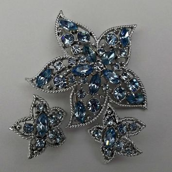 Sarah Coventry Blue Rhinestone Star StarFish Brooch Clip Earrings Set