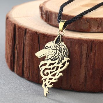 CHENGXUN Men Viking Necklace Wolf Head Slavic Symbol Pagan Pendant Ancient Talisman Celtic Knot Necklace Teen Boys Amulet
