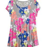 BACK LACE PRINTED FLOWY TOP | GIRLS SPRING PREVIEW NOW TRENDING | SHOP JUSTICE