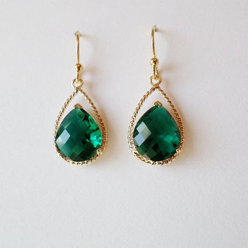 Emerald Earrings - Birthstone Jewelry - Emerald and Gold Chandelier Earrings - Emerald Earrings - Gold Earrings - Christmas Gift