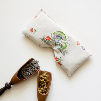 Lavender Chamomile relaxing aromatherapy eye pillow with flax seeds.Relaxation and meditation yoga eye pillow. Vintage Mushroom print Fabric