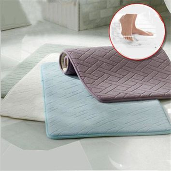 Hot Selling Memory Foam Coral Velvet Non Slip Bathroom 40x60cm Fleece Bath Mat Thickened Coral Velvet Memory Foam Rug