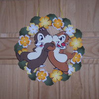 Disney's Chip 'N Dale  3-D Floral Wreath / Great Fall gift