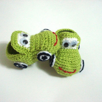 Green Cars Baby Booties kids slippers baby by AnatoliaDreams