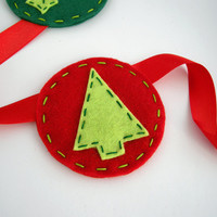Mistletoe and Christmas Trees felt holiday garland - Green and red home decoration - Christmas bunting