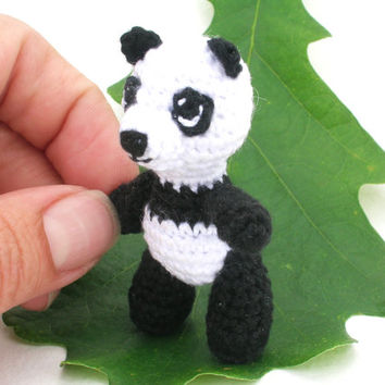 Amigurumi panda, miniature panda bear, little panda bear, tiny tatted animal, bear figurine, miniature fabric, walking bear, animal figurine