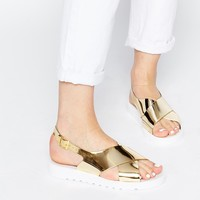 London Rebel Jordan Cross Strap Metallic Flatform Sandals