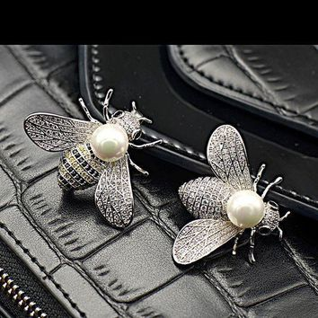 ESBONTA Shell pearl lovely bees micro inlaid zircon insect brooch