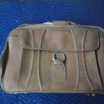 Finesse Brown Leather Suitcase 24 x 14 x 25