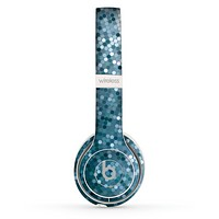 The Circle Pattern Silver Sequence Skin Set for the Beats by Dre Solo 2 Wireless Headphones
