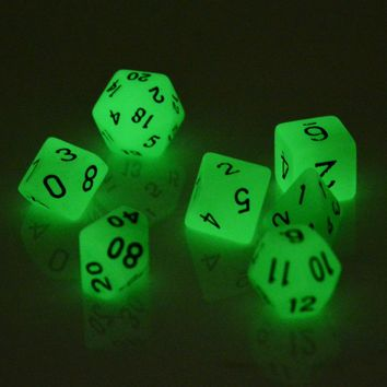 New 7Pcs/Set Luminous D4 - D20 Multi Side Night Light Dice TRPG Game Dungeons & Dragons Dice For Entertainment Game