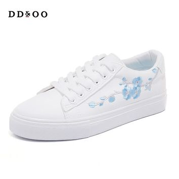 2018spring new fashion women shoes casual high platform floral PU leather women casual white Vulcanize shoes sneakers