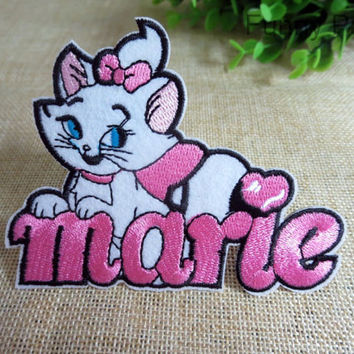 Disney Marie Cat with Letter Iron on Applique 057-HA