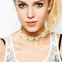 Womens Retro White Daisy Lace Choker Adjustable Necklace + Gift Box