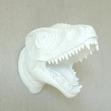 Mini White T-Rex Dinosaur Head Wall Mount - Dinosaur Faux Taxidermy MTX01