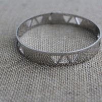 Geo Triangle Cutout Bangle Bracelet-Silver