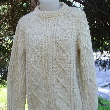 ON SALE Vintage 70s 80s Cream Chunky Knit Crew Neck Sweater Jumper