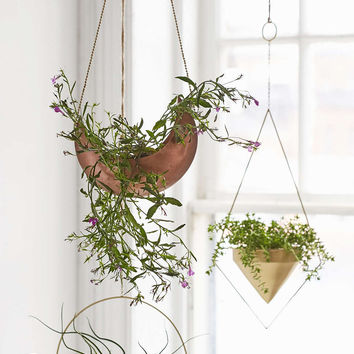 Assembly Home Eos Hanging Planter - Urban Outfitters