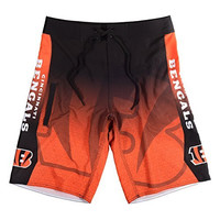 KLEW NFL Cincinnati Bengals Gradient Board Shorts, Large, Orange