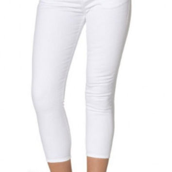 Silver Jeans Co. High Capri - White