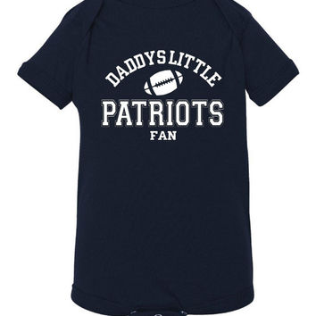 DADDYS LITTLE PATRIOTS Fan Adorable Toddler Tshirt Or Creeper Great New England Patriots Tshirt Football Printed Tee