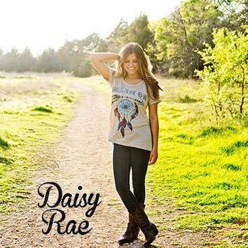 Southern Grace / Daisy Rae Dream On Short Sleeve Tunic with Dreamcatcher