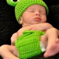 Baby Infant Boy Frog Crochet Hat and Diaper Cover Set Costume Photography Props 6-9 Months