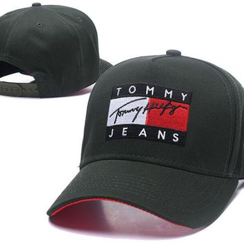 Tommy Jeans Popular Women Men Embroidery Sports Sun Hat Baseball Cap Hat Green