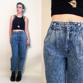 "90s Clothes / Vintage 1990's Mom Jeans Vintage High Rise Jeans Acid Wash Pants Denim Jeans Pleated Jeans, 27"" Waist Women's Size 8"