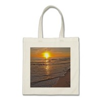 ToteBag: Sunset by the Beach Budget Tote Bag