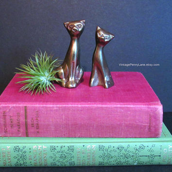 Vintage Brass Metal Cat Figurines, Brass Figures, Brass Cats