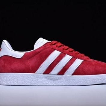 DCCKJG2 ADIDAS ORIGINALS GAZELLE. Red Men's Casual Shoes Sneakers